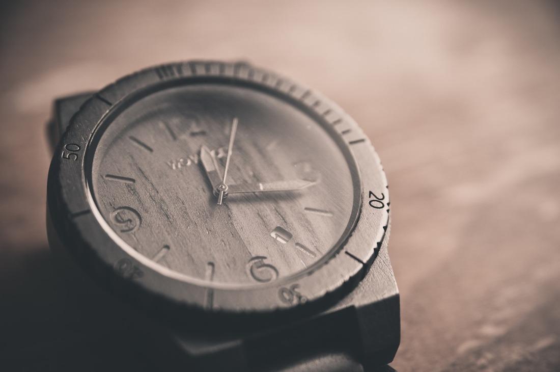 https://pixabay.com/en/watch-time-clock-hours-minutes-690288/