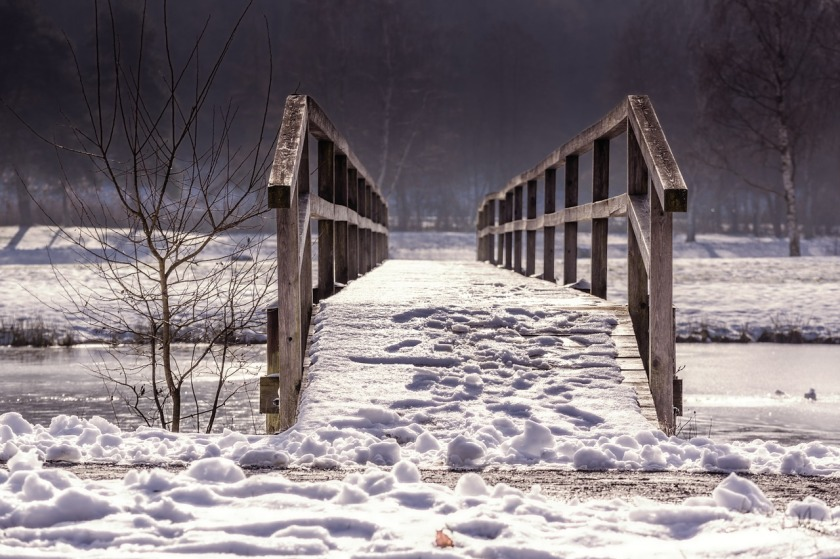 https://pixabay.com/en/away-bridge-web-railing-winter-1458513/