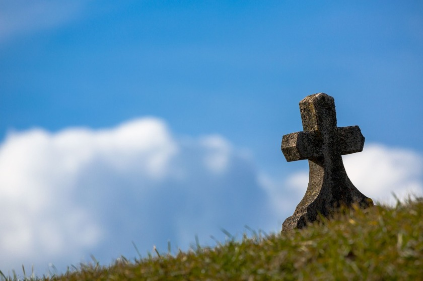 https://pixabay.com/en/grave-sky-cross-old-stone-heaven-674443/