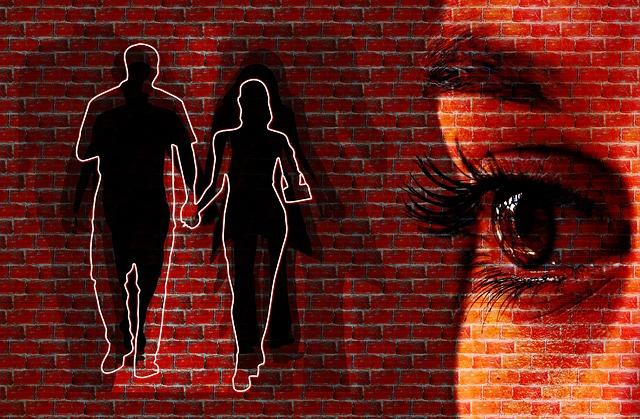 https://pixabay.com/en/woman-face-wall-view-eyes-228178/